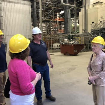 Group touring energy plant